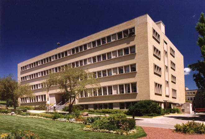 The Wisconsin State Laboratory of Hygiene on Henry Mall provides public, environmental and occupational health laboratory and consultation expertise to a wide variety of national, state and local partners.