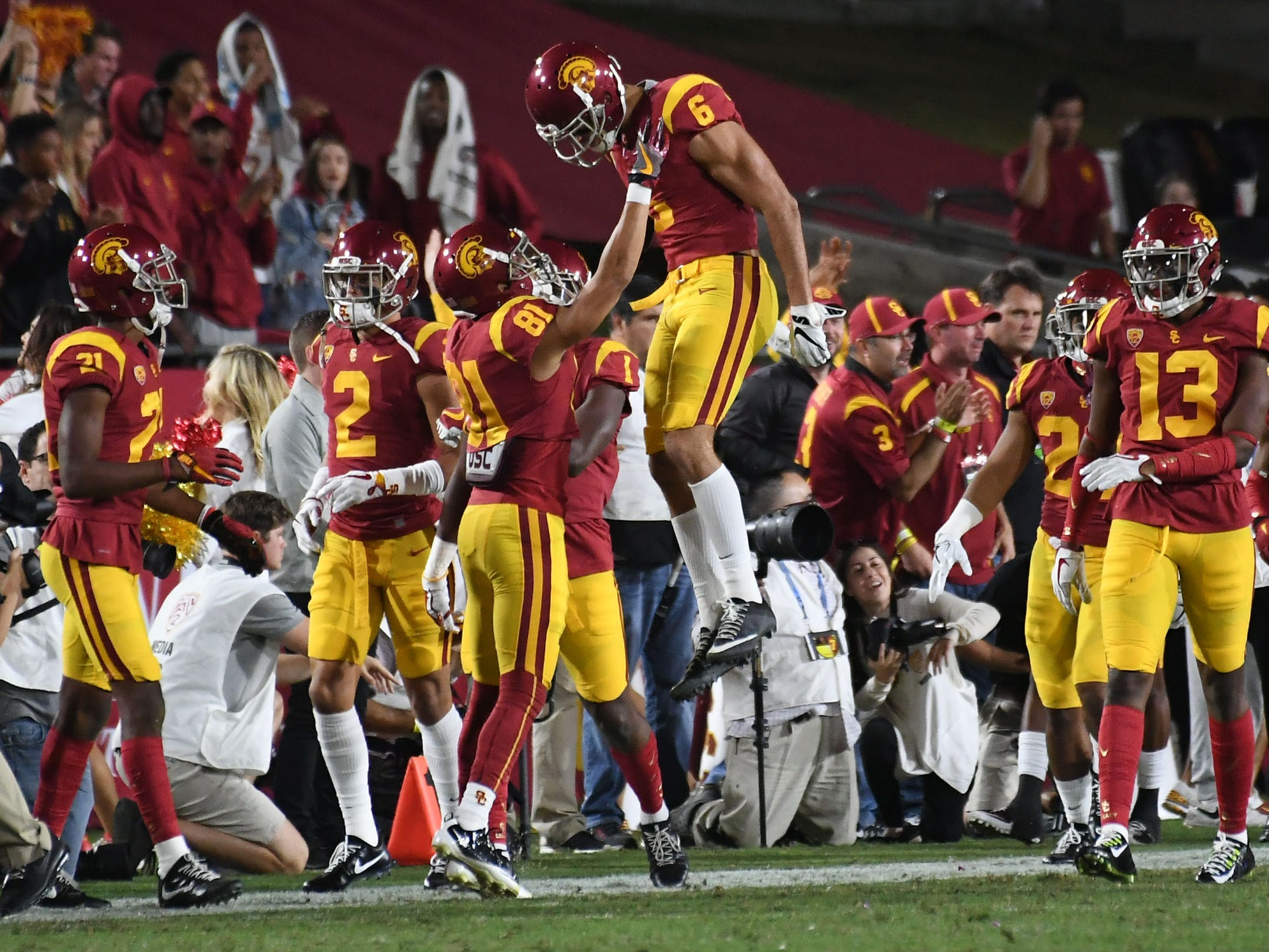 No. 15 Southern California Trojans (11-3 in 2017).