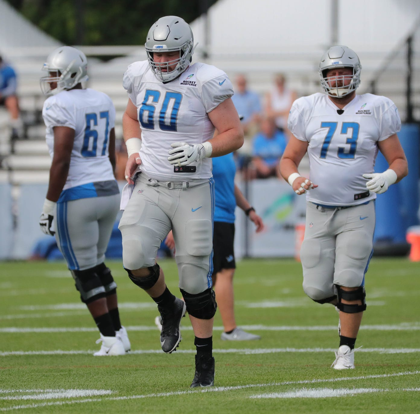 Detroit Lions' Graham Glasgow leaves practice with leg injury