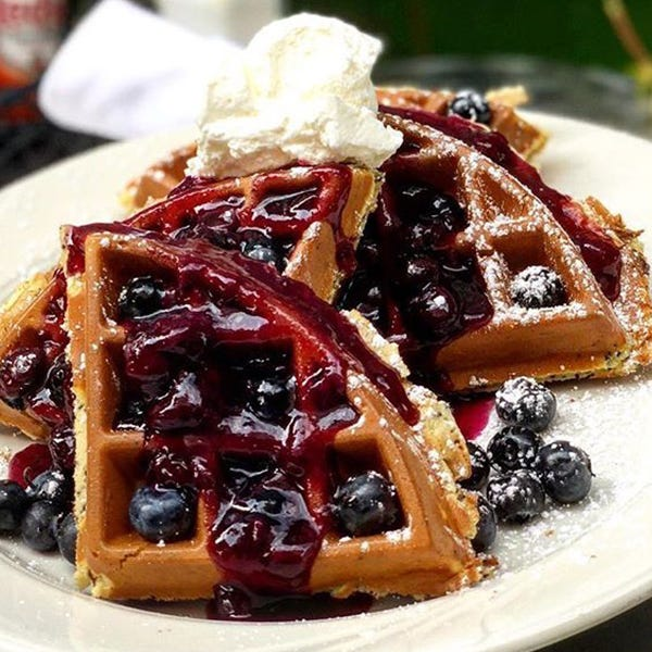 24 great places to eat breakfast in Michigan