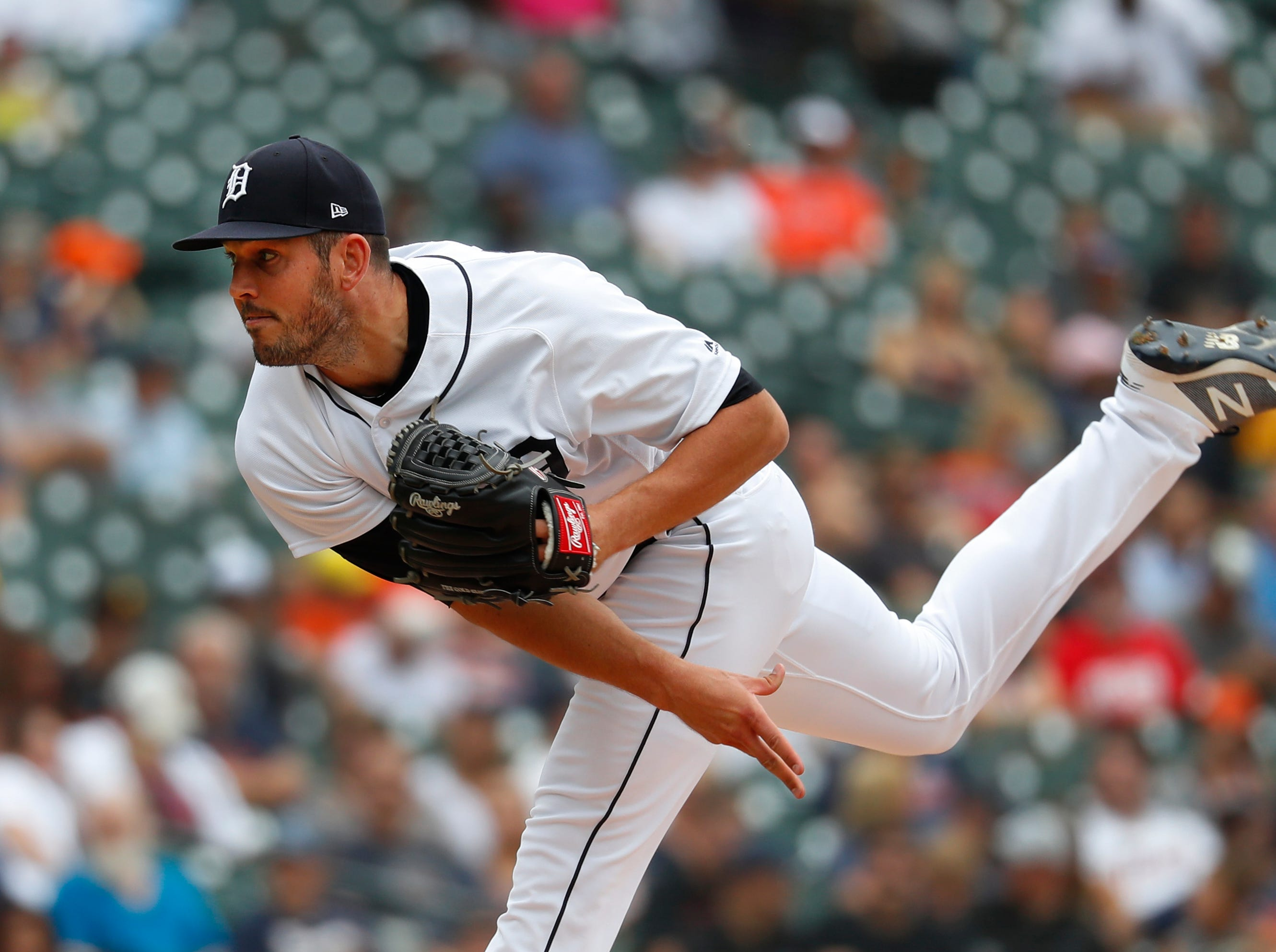 Tigers reliever Drew VerHagen throws in the fourth inning.