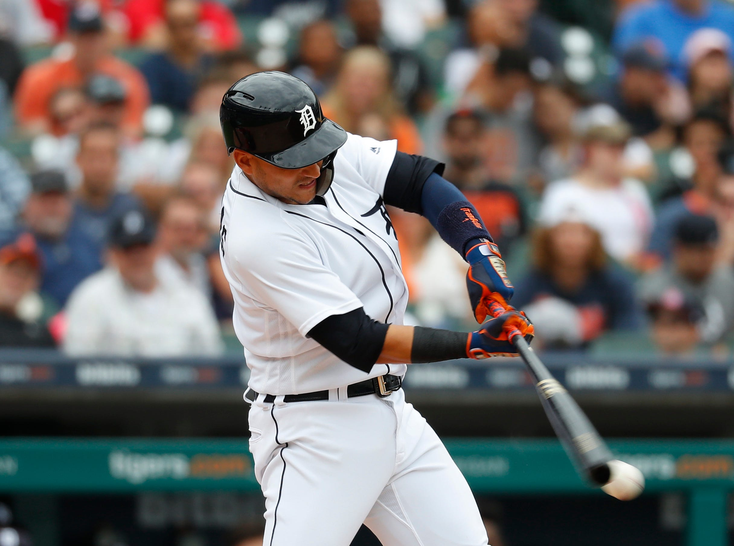 Jose Iglesias hits a two-run double in the second inning.