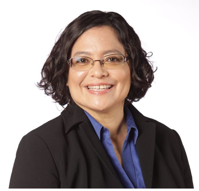 Sabina Perez (D)