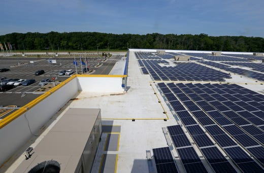 Foxconn, WEC Energy are discussing huge potential solar array