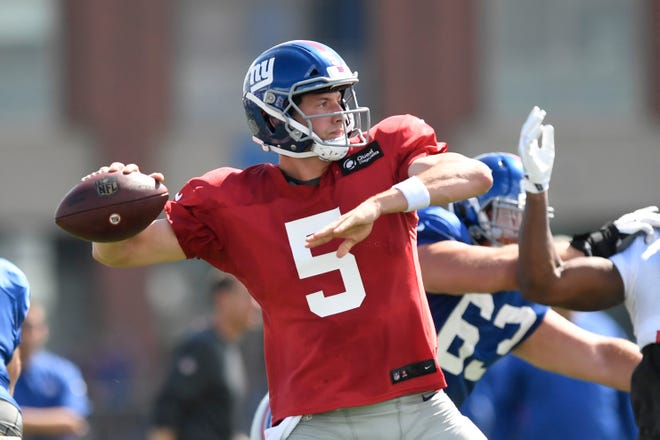 New York Giants quarterback Davis Webb (5) throwing the ball during NFL training camp in East Rutherford, NJ on Wednesday, August 1, 2018.