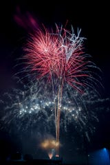 Independence Day fireworks celebration at Springettsbury Park, Sunday, July 1, 2018. John A. Pavoncello