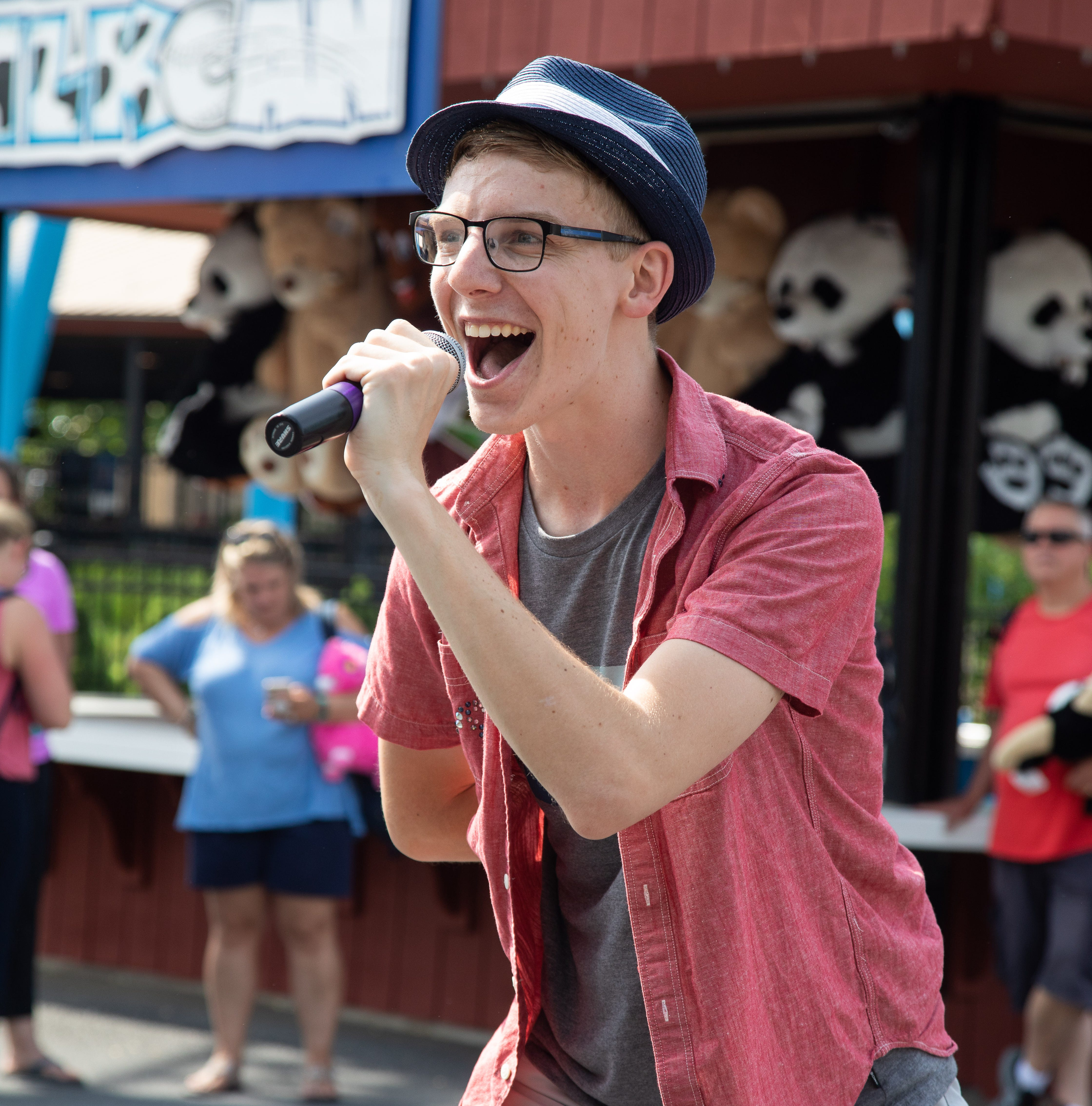 Riding The Waves: Central Pa.'s Nik Olson is rockin' it in Hersheypark summertime show