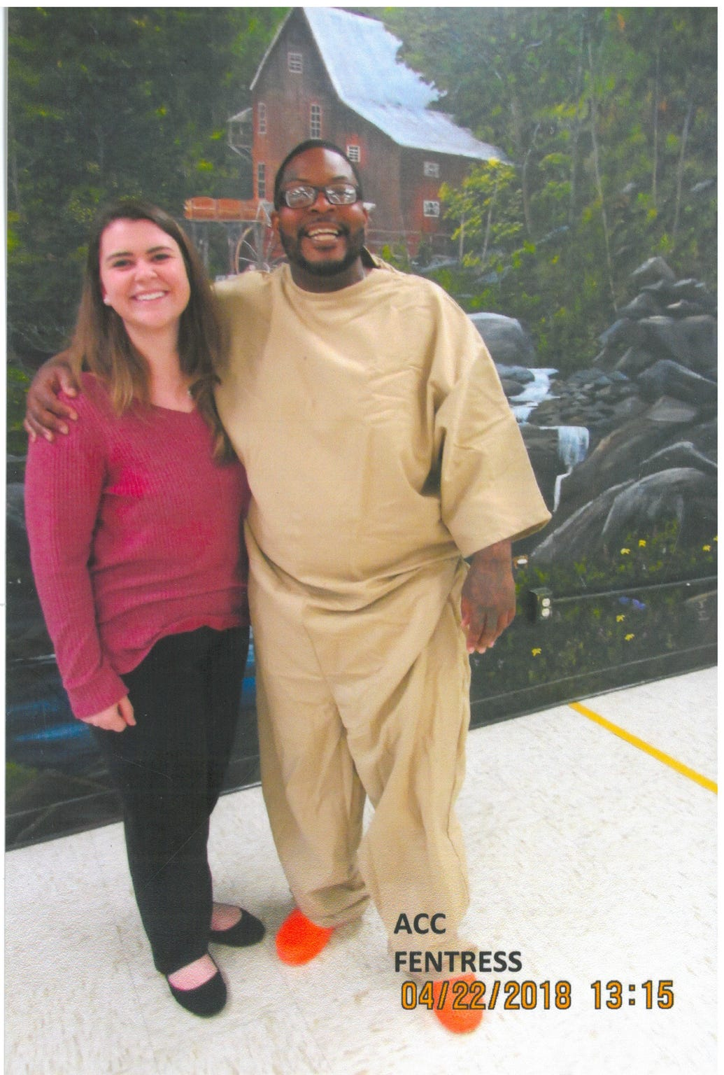 Rojai Fentress and law student Amy Fly, at Augusta Correctional Center, in April 2018.