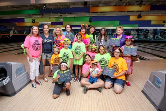 Floresta Elementary School's team took first place at the 2017 Bowl for Kids' Sake.