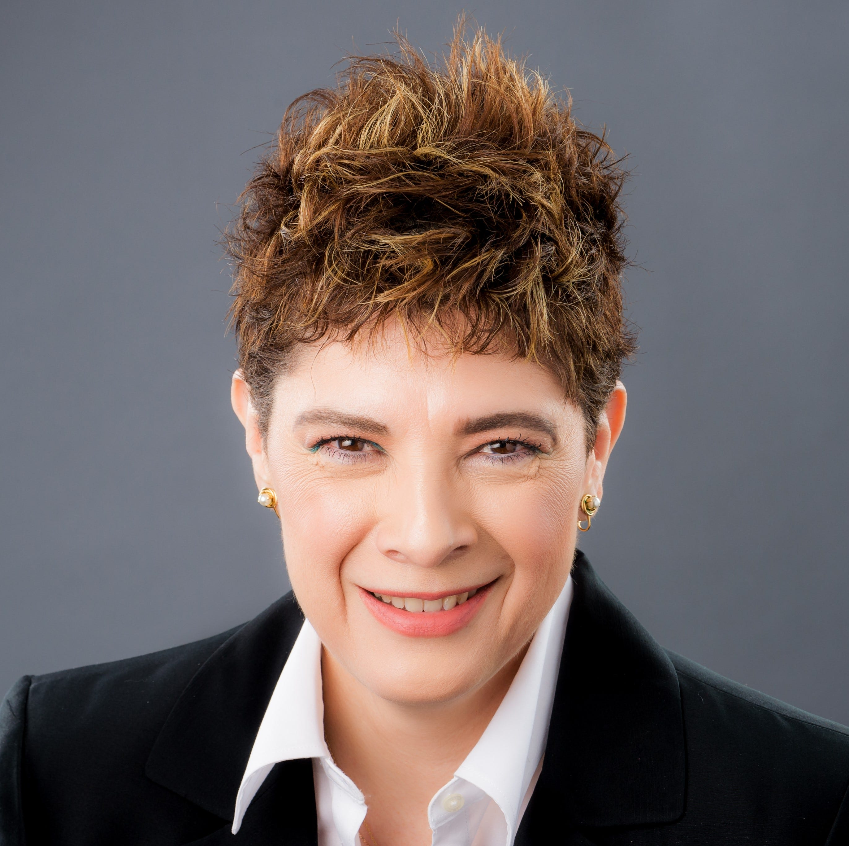Guillermina Gonzalez to square off against Michael Smith in general election race for House District 22 seat