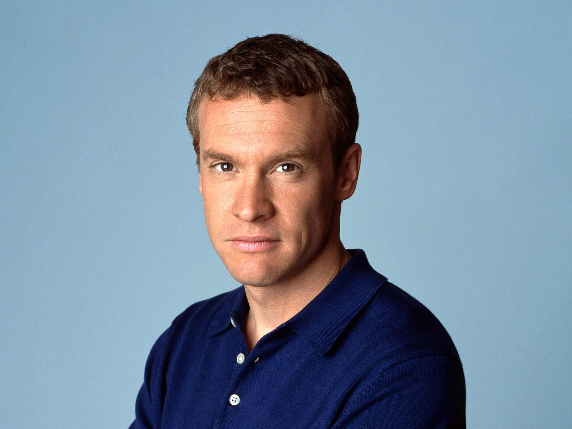 Tate Donovan played Jimmy Cooper , Marissa's father who has financial and personal issues.