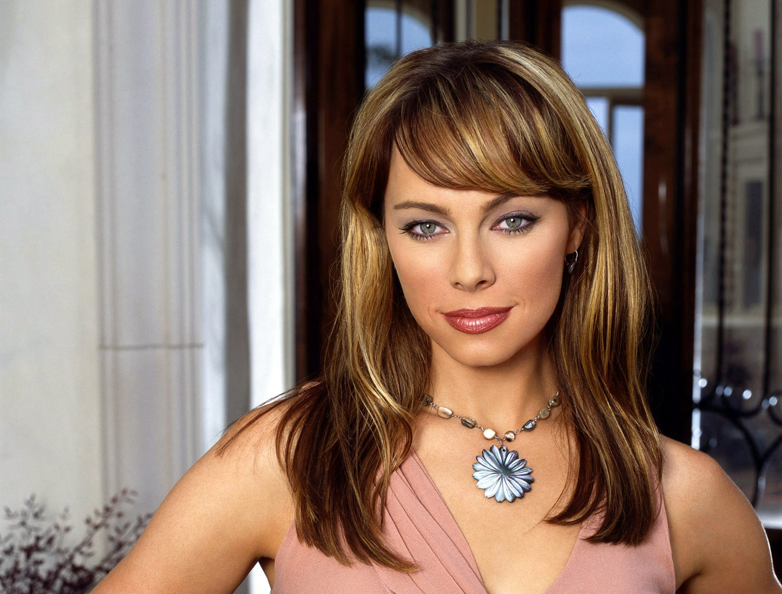 Melinda Clarke was Julie, the superficial socialite married to Jimmy.