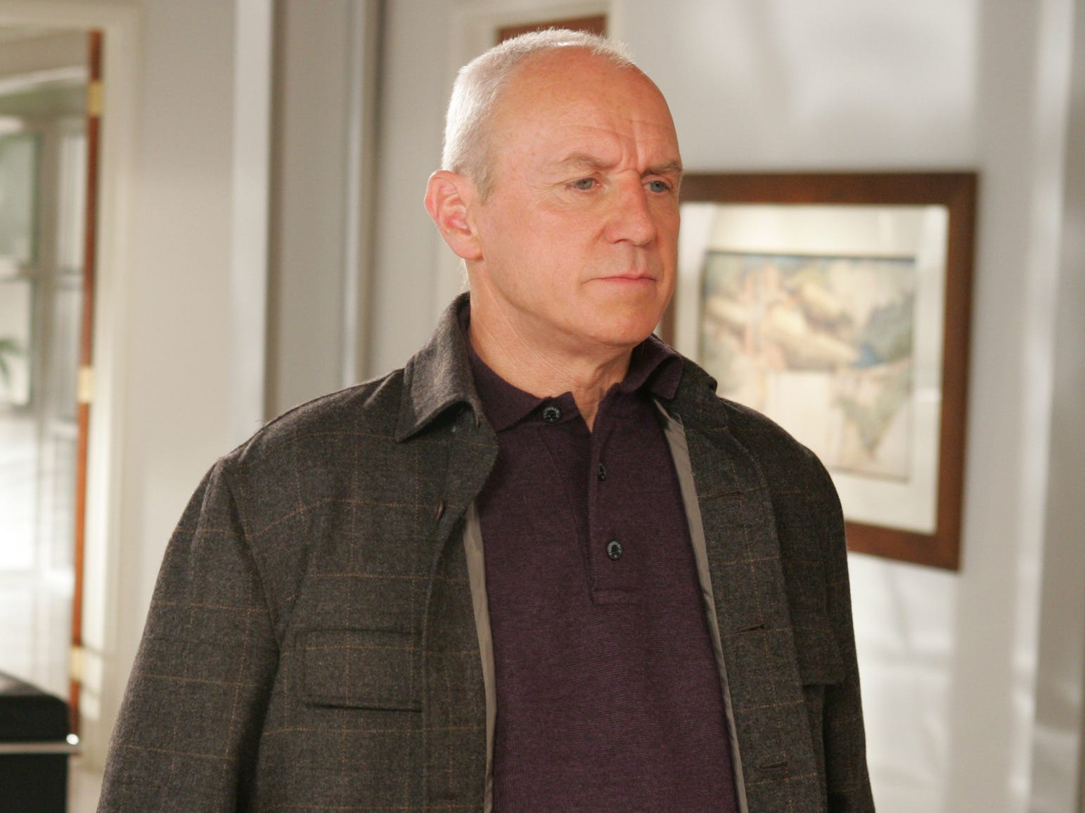 Alan Dale was Caleb Nichol, a real estate mogul and the father of Kirsten Cohen.