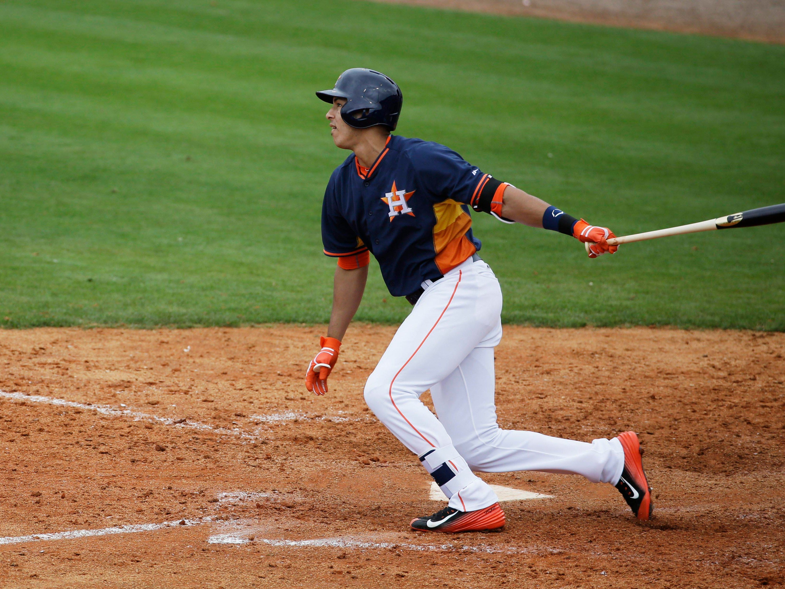 Houston Astros' Carlos Correa plays during an exhibition spring training baseball game against the New York Yankees, Saturday, March 7, 2015, in Kissimmee, Fla. (AP Photo/David Goldman)