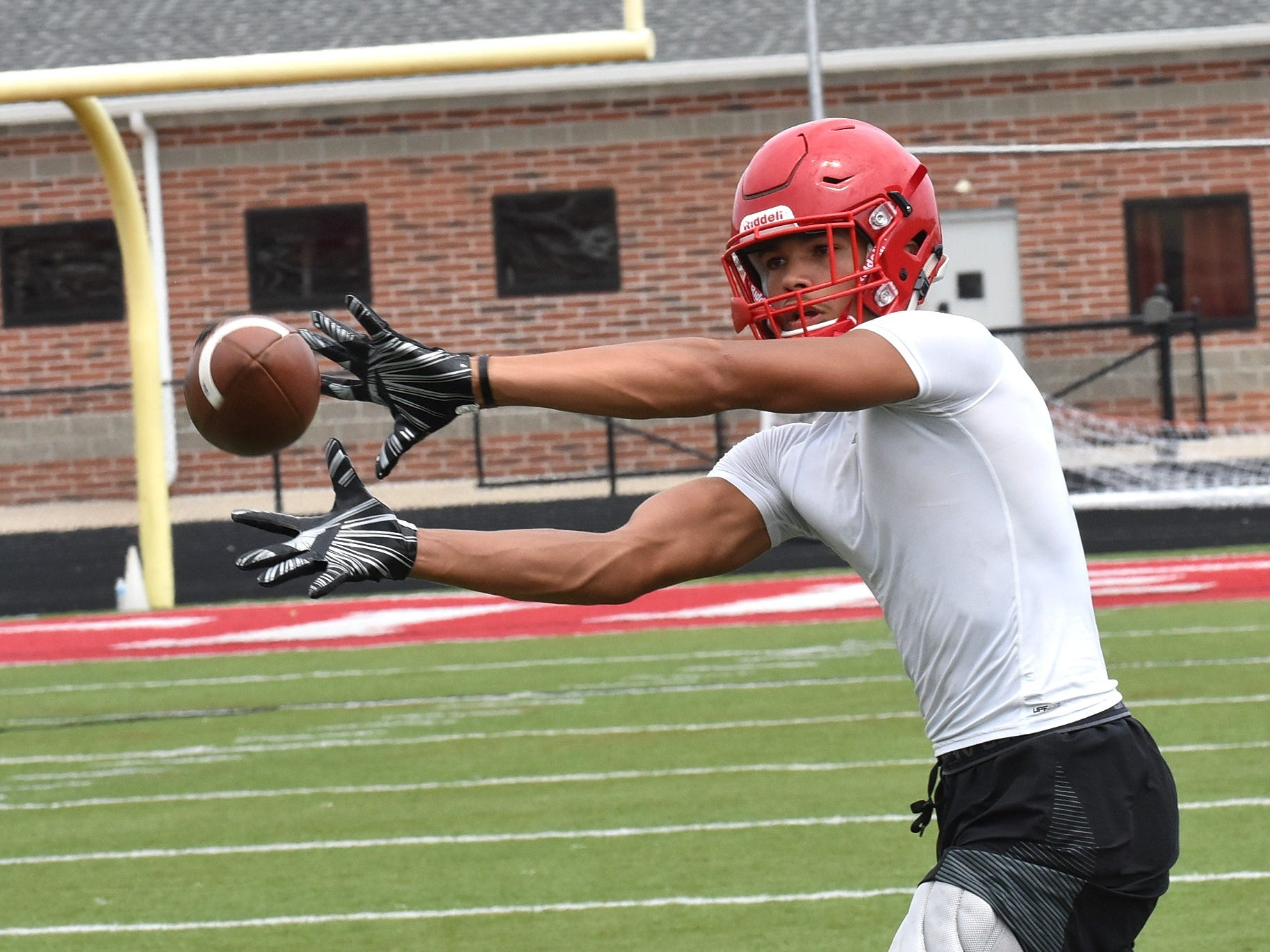 Erick All, Fairfield tight end, pulls in a pass in opening day practice, July 30, 2018.