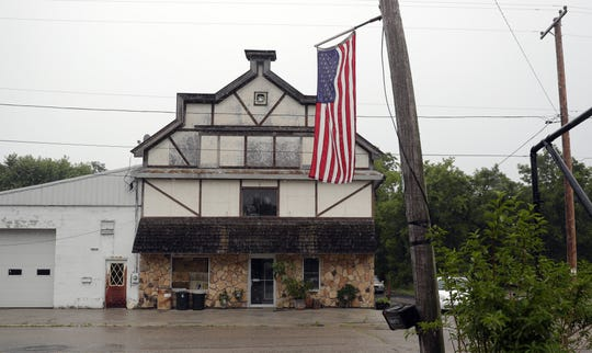The community of Krakow is located in the Town of Angelica in Shawano County.
