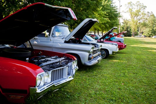 Row Of Classic Cars On Display In Indiana Park