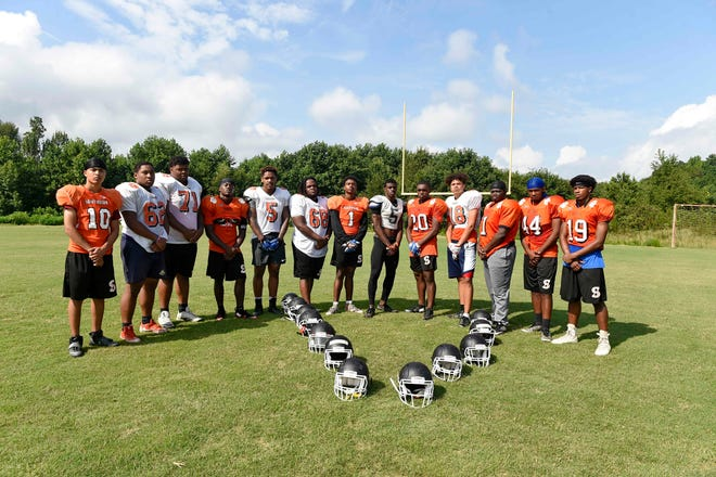 Southside's seniors expect to cap their high school careers with a winning season and another playoff berth.