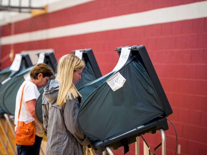 Residents cast their Election Day votes at Pond Gap Elementary in Knoxville on Thursday, August 2, 2018.