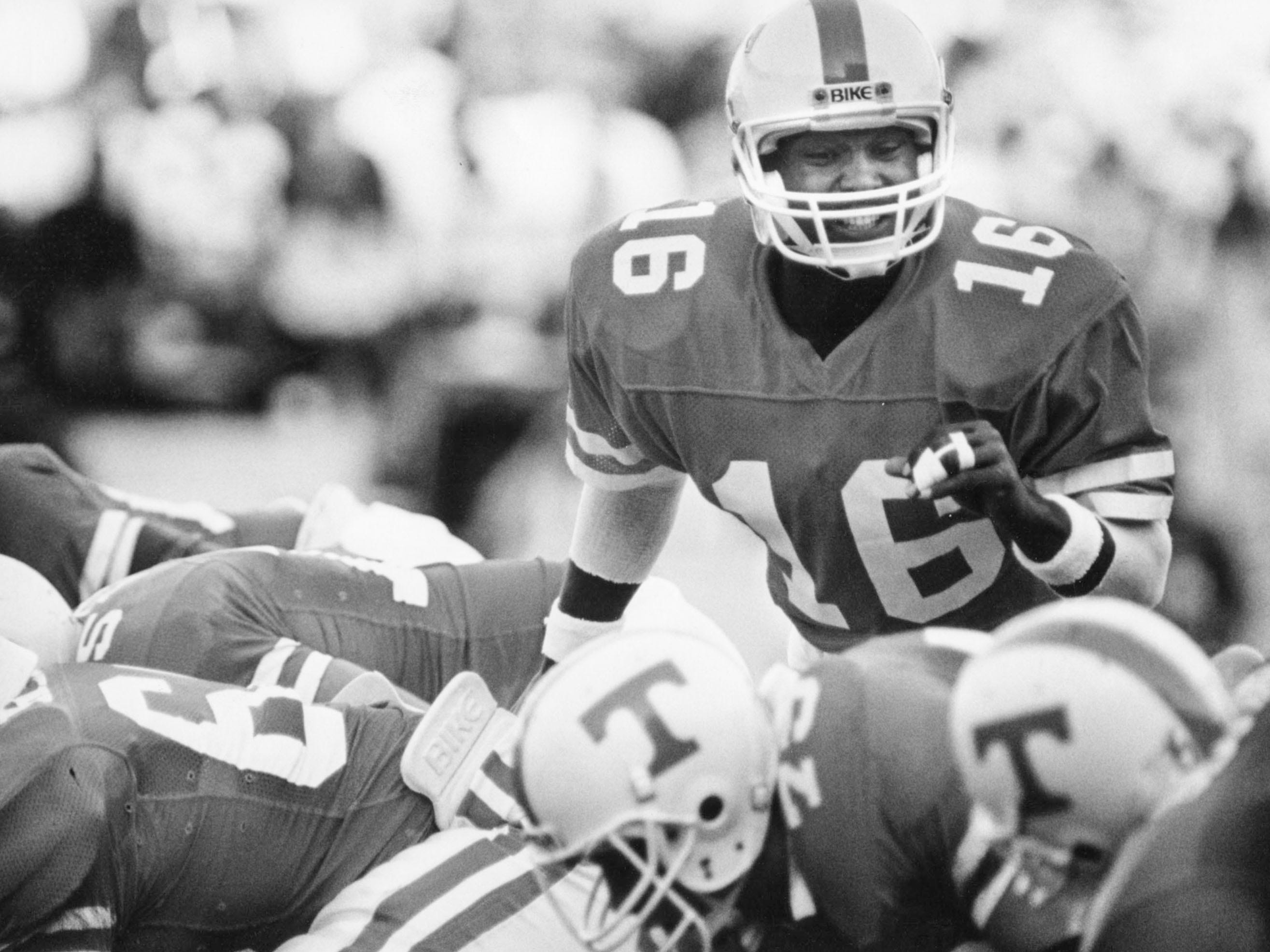 Sterling Henton during the game against Ole Miss in 1987.