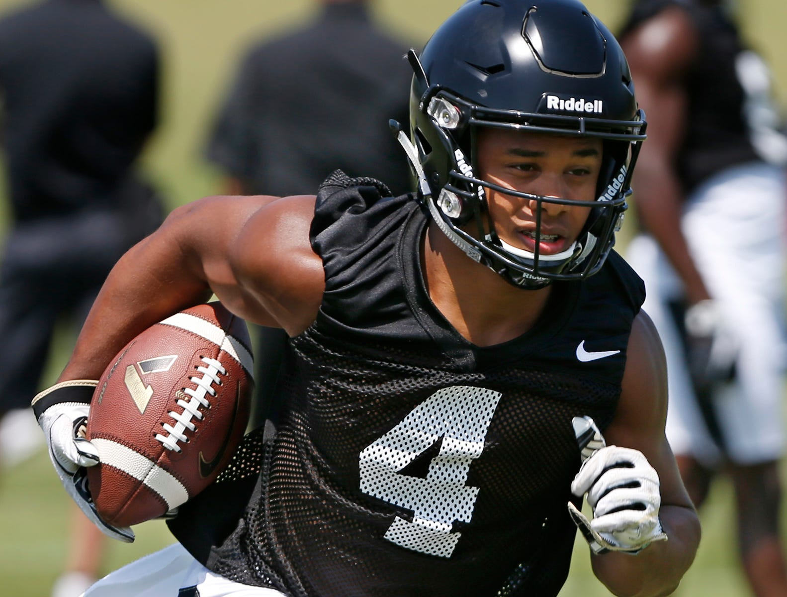 Highly recommended | Purdue freshman receiver Rondale Moore ready to contribute