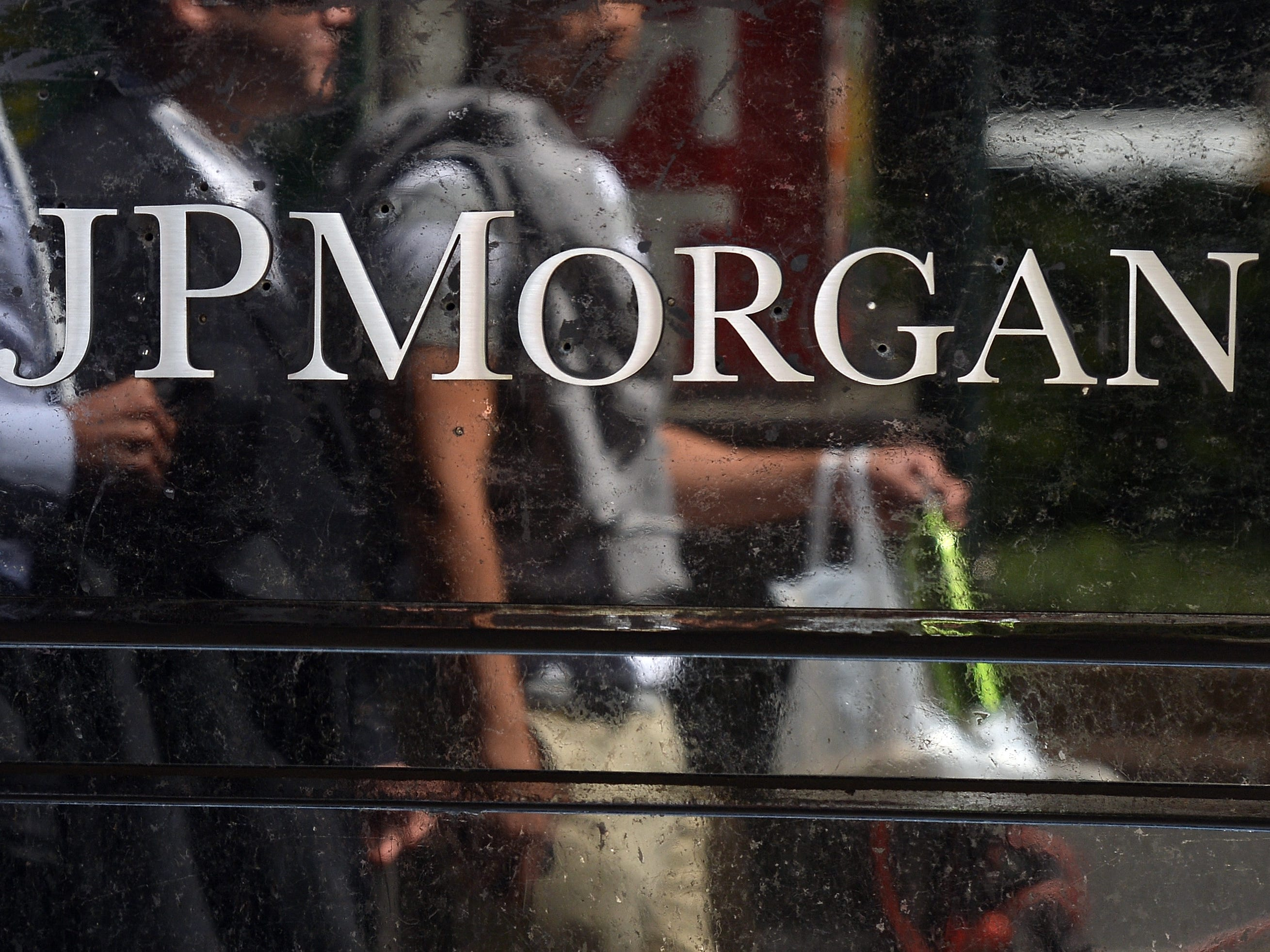 JPMorgan Chase, hiring 290. The bank and financial-services company is adding positions across Arizona. More info: careers.jpmorgan.com.