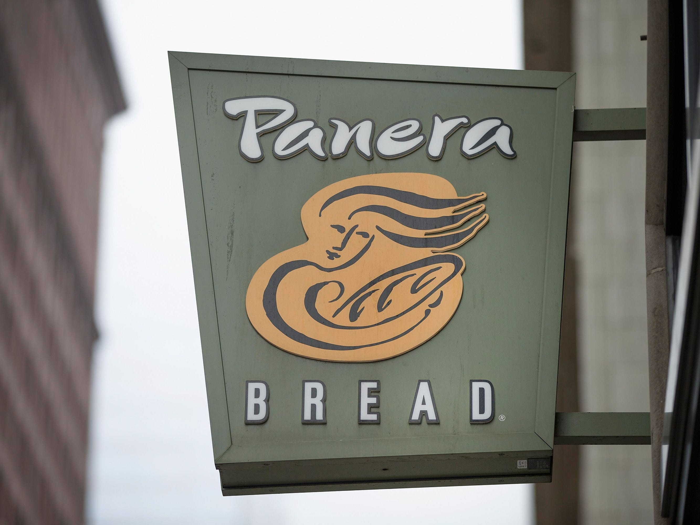 Panera Bread will close its downtown Birmingham location and open a new store in Royal Oak, at the Woodward Corners by Beaumont development at 13 Mile and Woodward.
