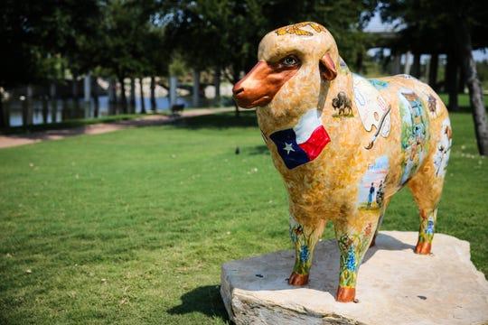 A fiberglass sheep near the San Angelo Visitor Center.