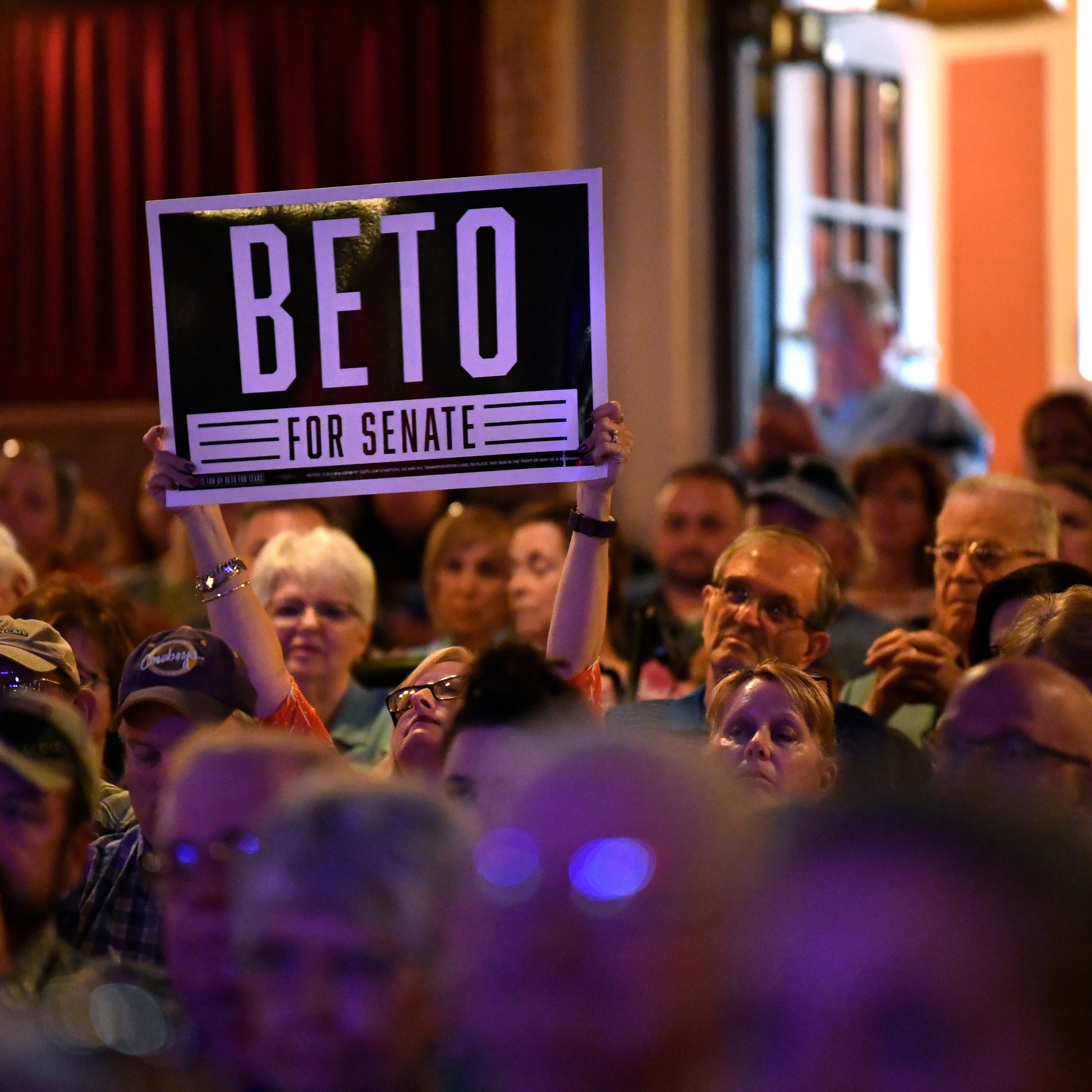 Beto's gains on Cruz keep his supporters enthused