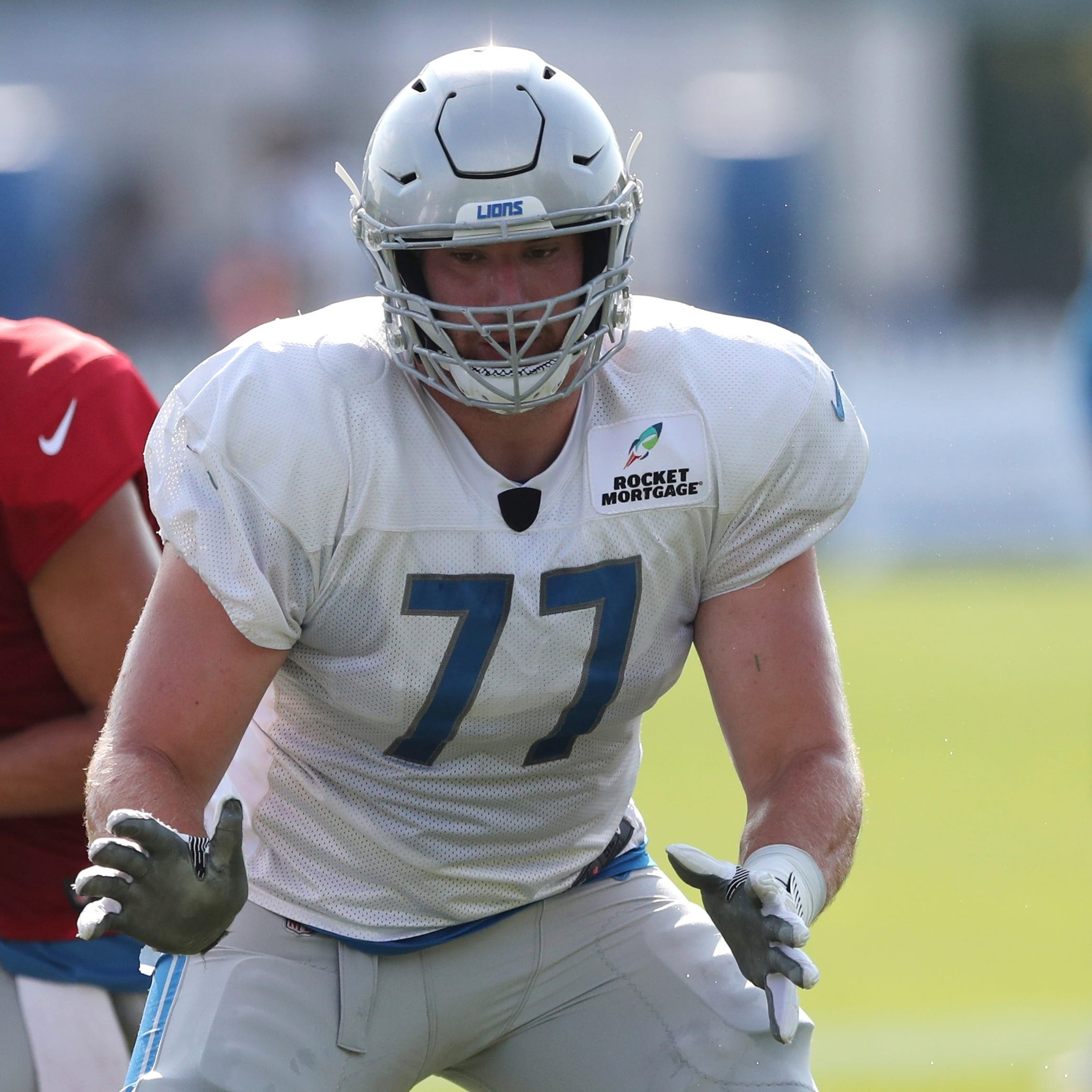 Detroit Lions play rookie Frank Ragnow at center with Glasgow hurt