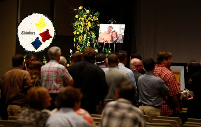 Aug. 3, 2018 - Scenes from the funeral of Brian Lawler at Hope Church in Cordova.