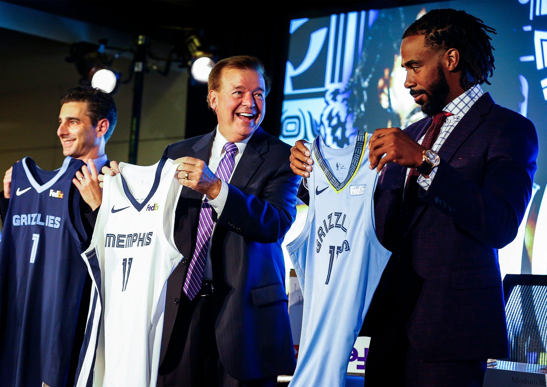 separation shoes 0fd99 a7379 Memphis Grizzlies unveil new uniforms for 2018-19