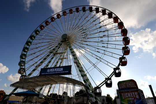 The WonderFair Wheel along 84th Street gives riders a birds-eye view of the Wisconsin State Fair.