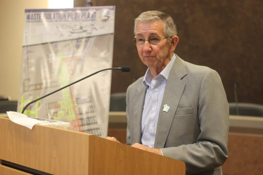 Carlsbad Mayor Dale Janway speaks during a town hall meeting about the Waste Isolation Pilot Plant, Aug. 2, 2018 at the Carlsbad Municipal Annex.