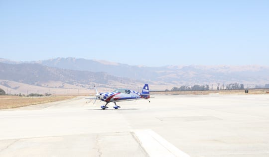 A plane lands at the Salinas Municipal Airport Friday.