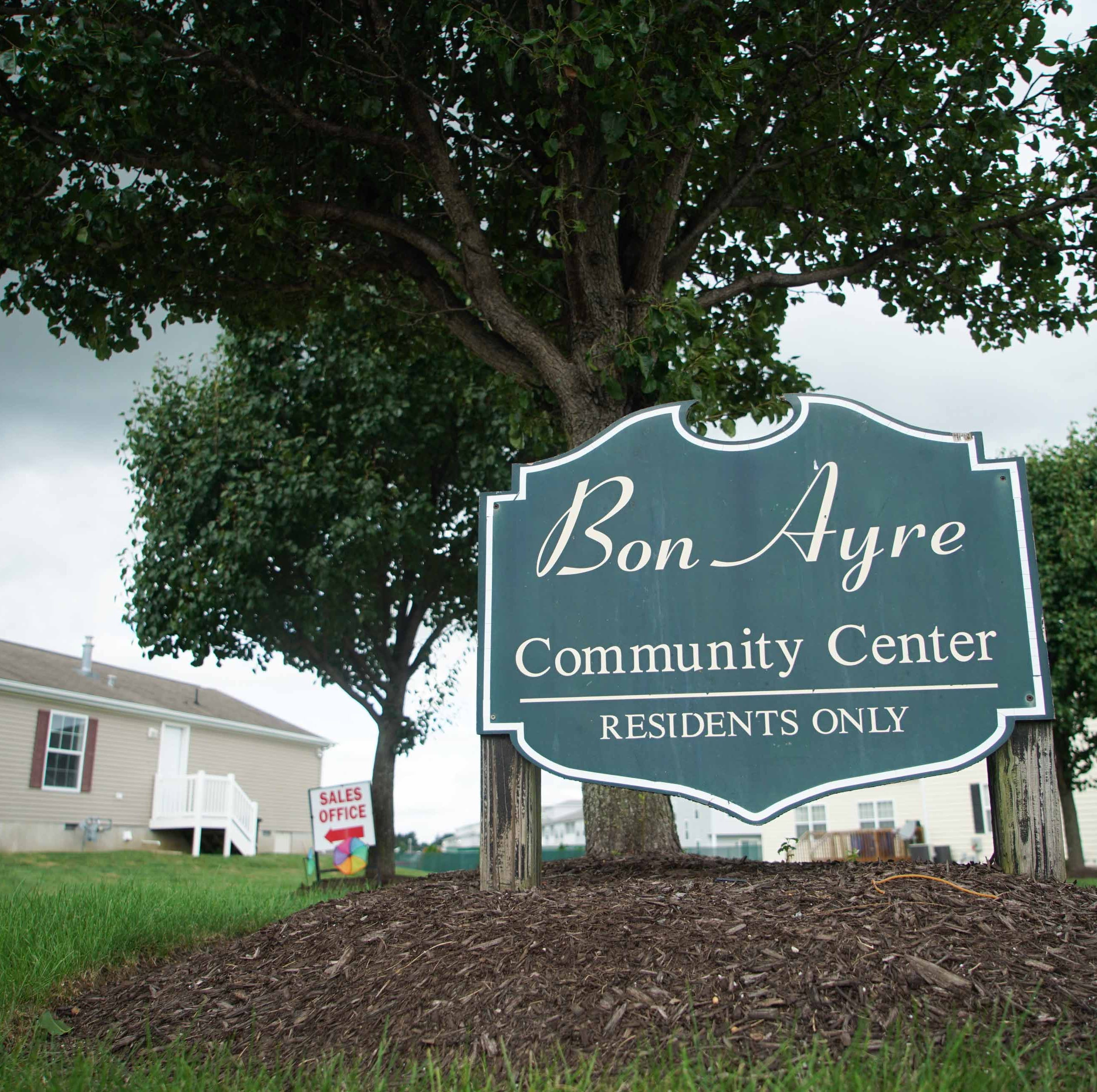 Residents of Smyrna's Bon Ayre community are getting amenities they don't want