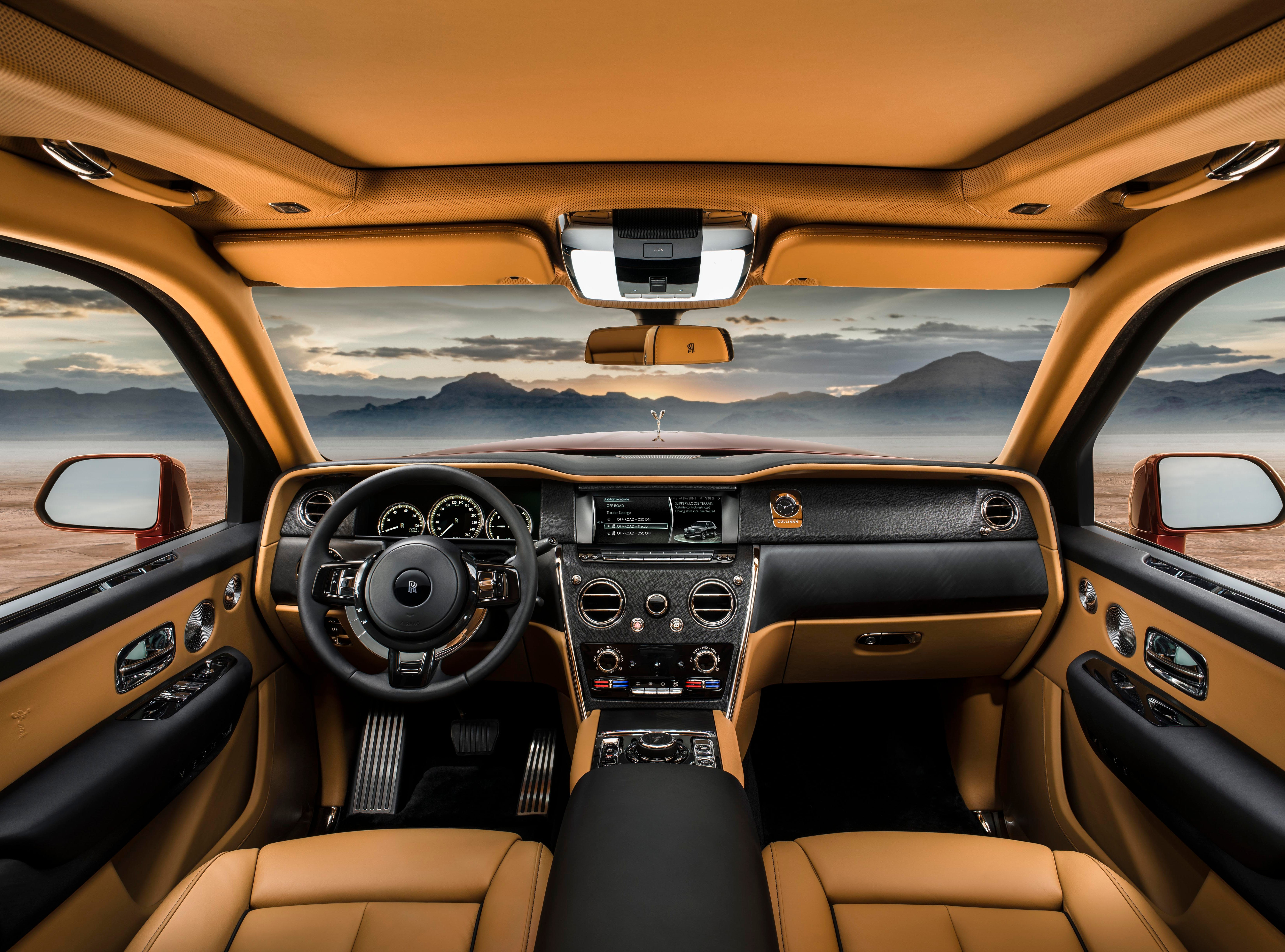 The interior of a Rolls-Royce Cullinan.