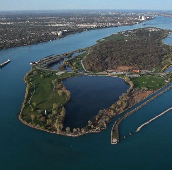 New Belle Isle tour book details its iconic sites, quirky history