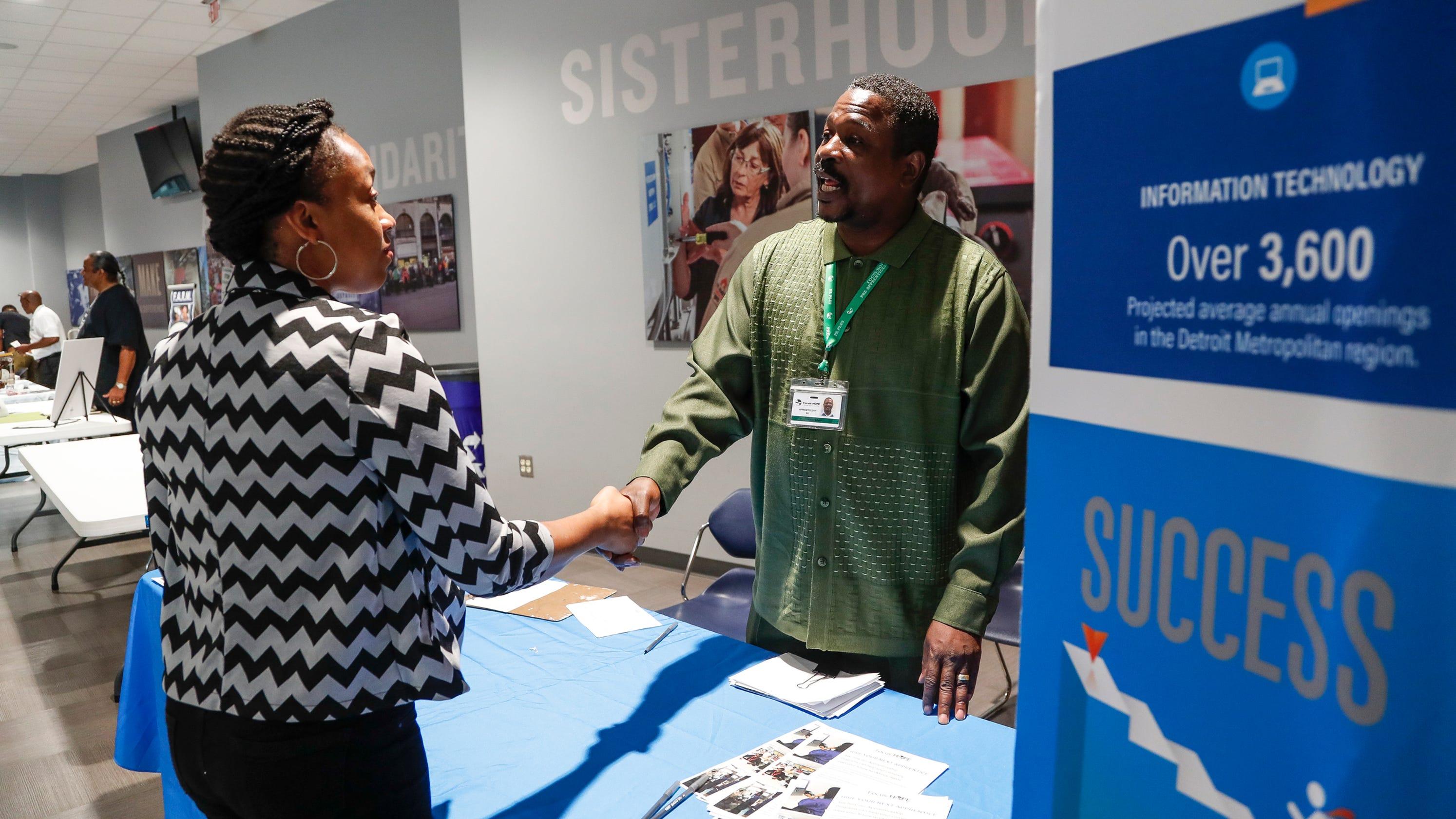 Hundreds seek employment at Detroit job fair