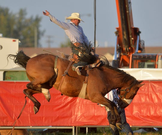 2009 world champion Jesse Kruse of Great Falls got off to a good start Thursday night at the Ram National Circuit Finals Rodeo in Kissimmee. Fla.