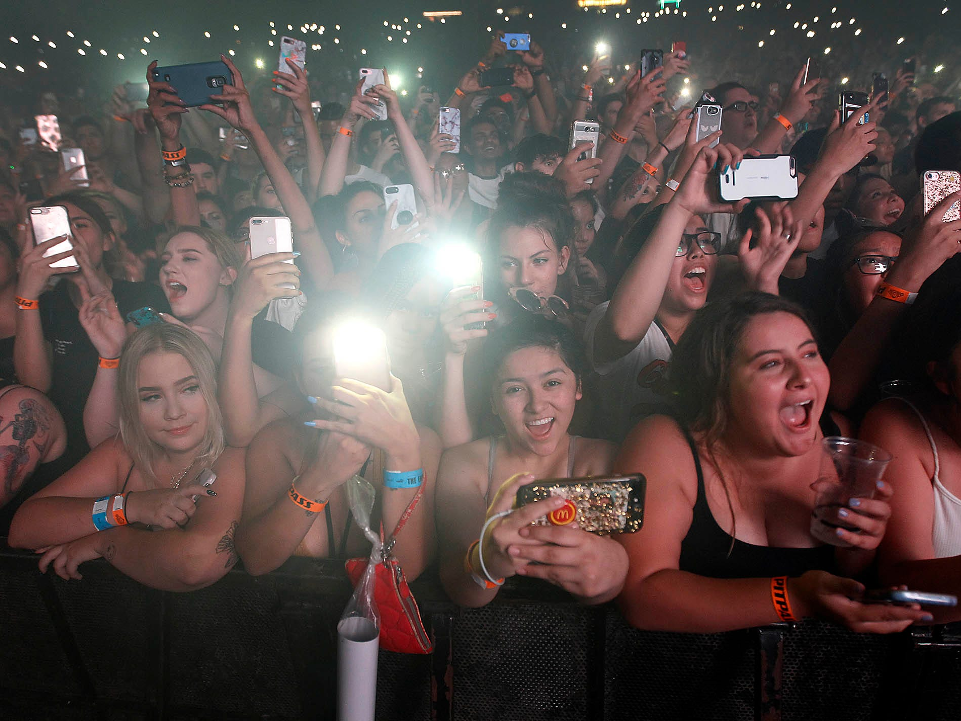 Fans scream as G-Eazy performs during The Endless Summer Tour at Ak-Chin Pavilion in Phoenix on Aug. 3, 2018.