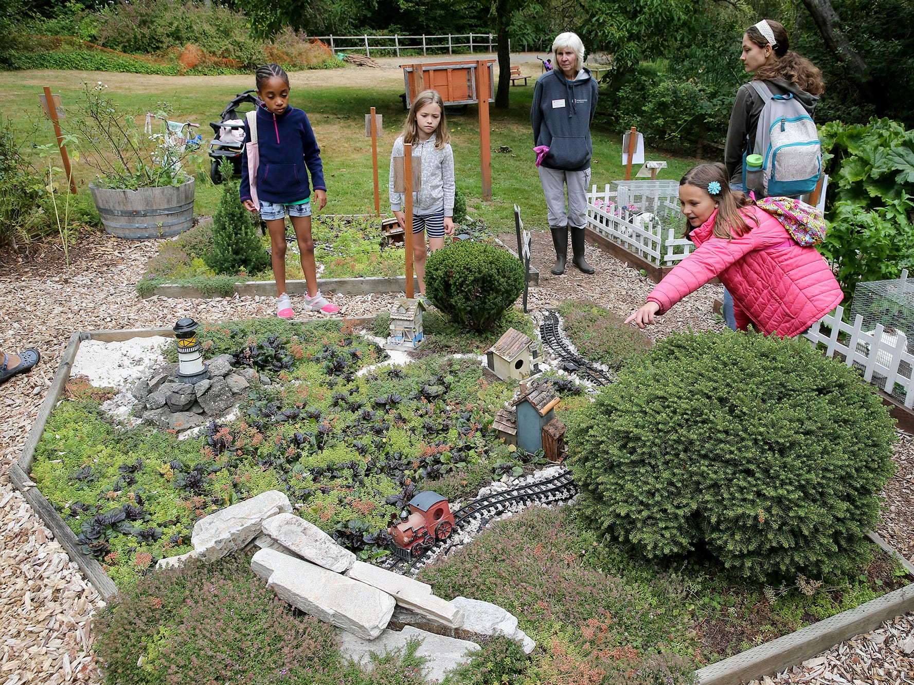 The 30th Anniversary celebration open house was held at Anna Smith Garden on Saturday, August 4, 2018.