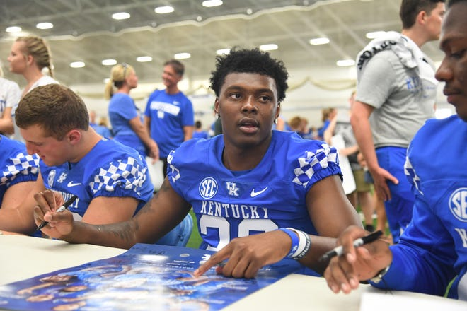 LB Chris Oats during the UK football Fan Day at Nutter Field House in Lexington, Kentucky on Saturday, August 4, 2018.