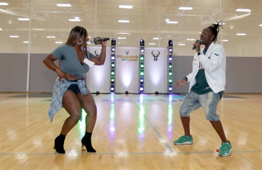 Bucks Talent Desisti 05022