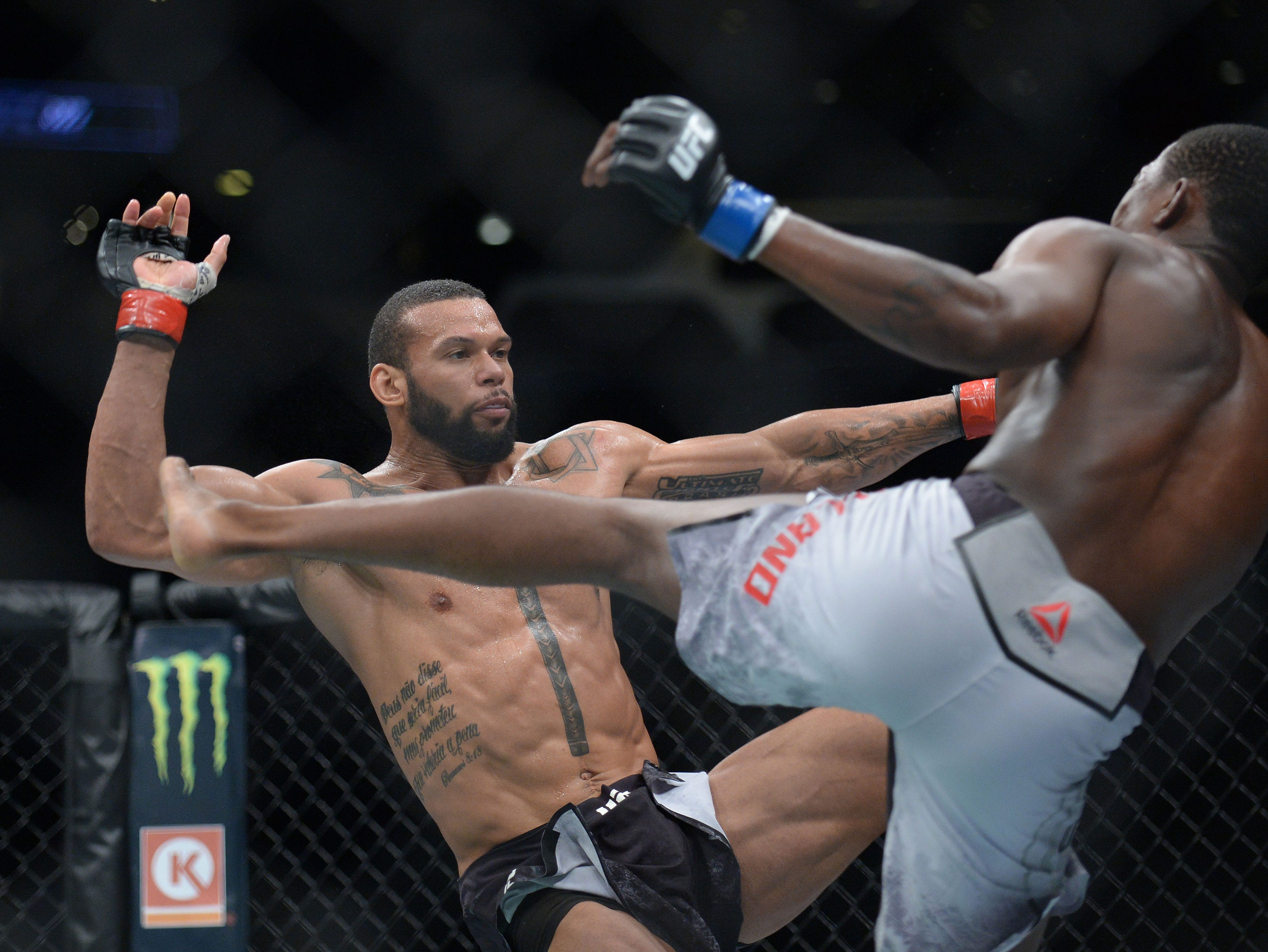 Kevin Holland moves in with a  kick against Thiago Santos during UFC 227 at Staples Center.