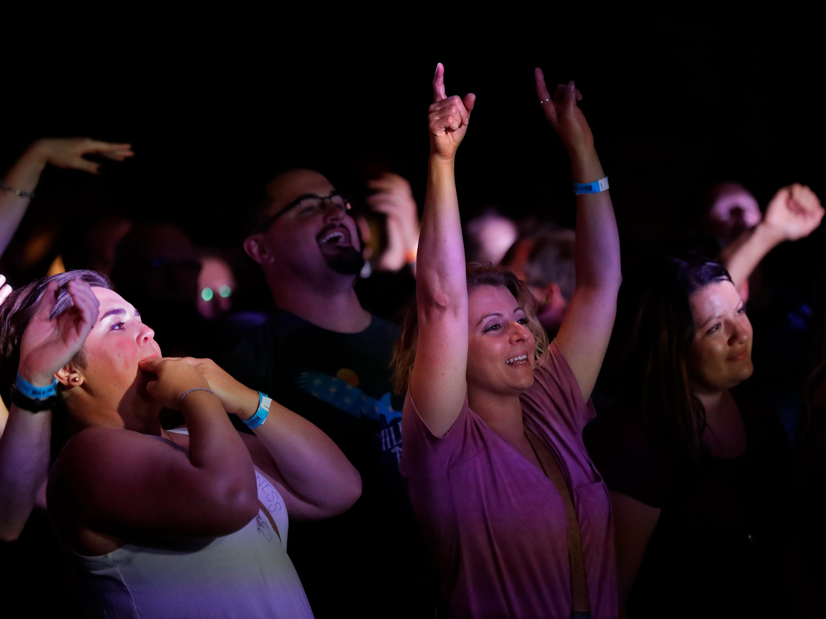 Fans cheer for Smooth Hound Smith at the Red Lion Hotel Paper Valley during the Mile of Music Friday, August 3, 2018, in Appleton, Wis.  
