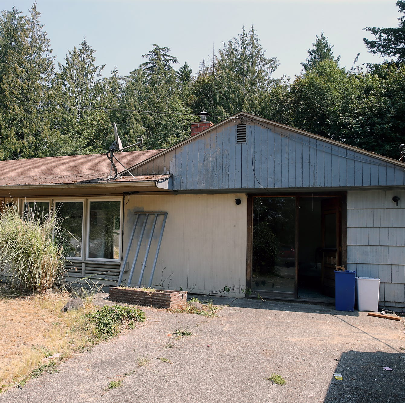 Bremerton ready to take action against so-called 'zombie' properties