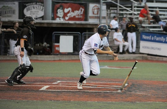The Chillicothe Paints defeated the Kokomo Jackrabbits Sunday night in V.A. Memorial Stadium to take a 1-0 lead in the divisional round of the Prospect League playoffs.