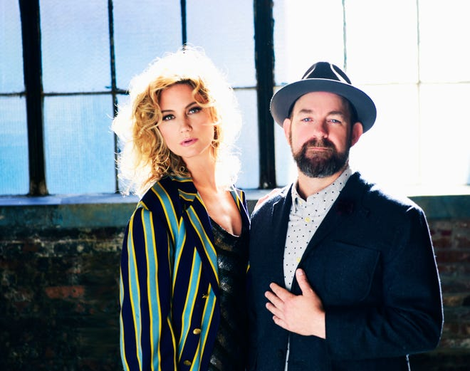 Jennifer Nettles and Kristian Bush of Sugarland.