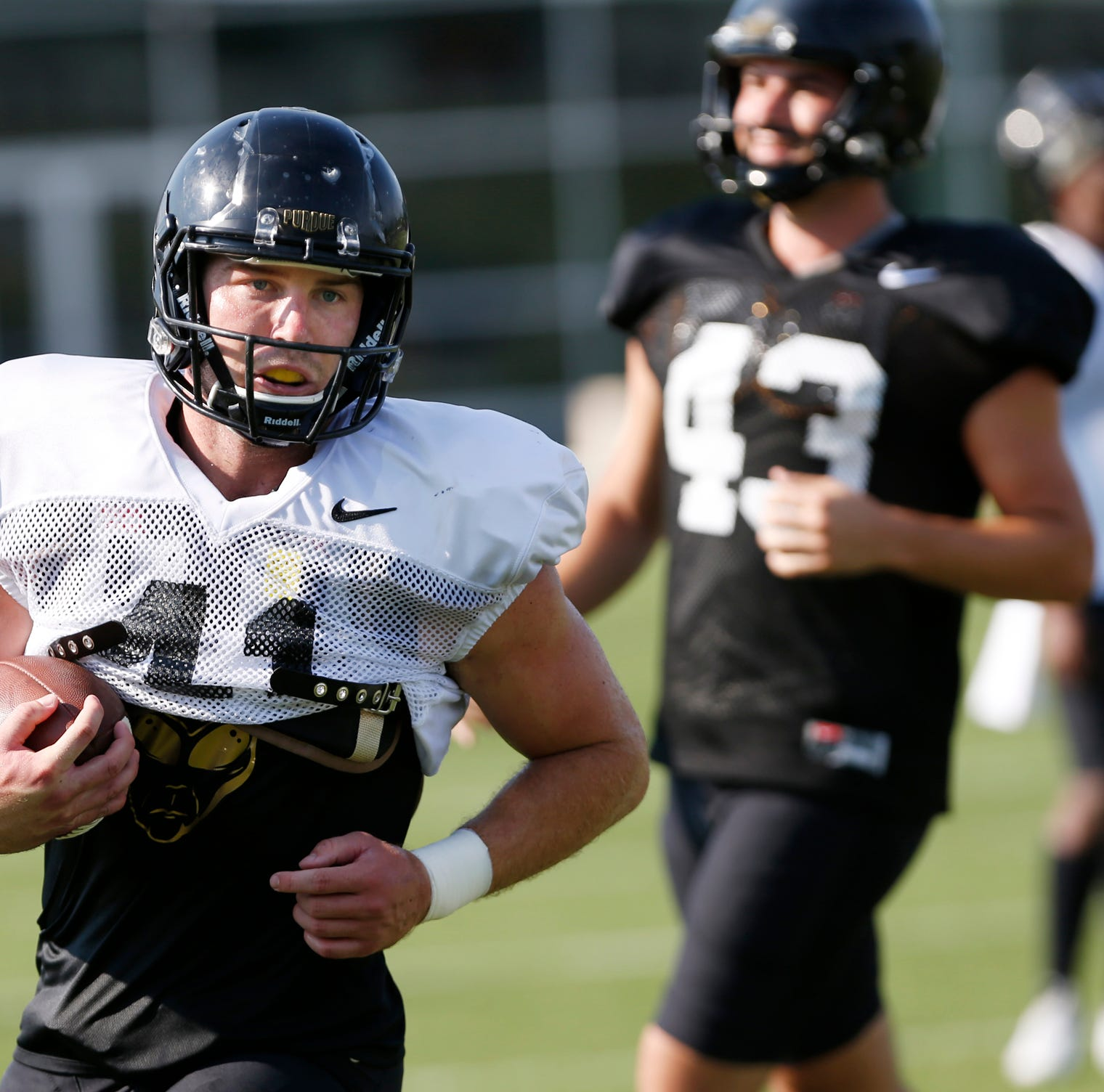 Former Purdue football players showcase skills before NFL Scouts